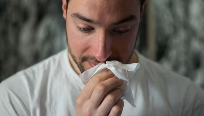 Marijuana Allergy: Risk Factors and Symptoms